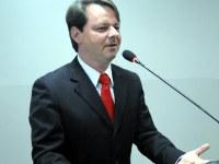 Adriano encaminha indicações ao Executivo com base em pedidos de alunos da REME