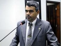 Vereador Quemuel reivindica serviços de infraestrutura para o perímetro urbano