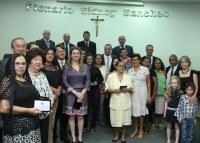 Emoção marca sessão solene de Dia das Mães em Nova Andradina