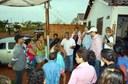 Cido Pantanal e Ricardo Lima dão assistência às famílias que tiveram casas destelhadas