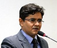 Ricardo Lima reivindica transporte universitário