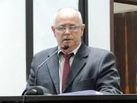 Robertinho Pereira quer intensificar a sinalização de trânsito