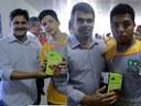 Vereadores acompanham entrega de ovos de Páscoa a projetos sociais