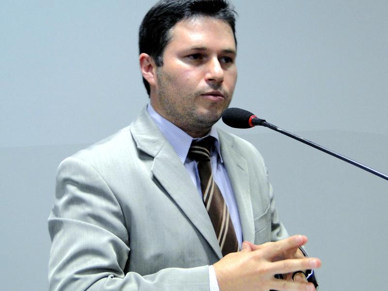 Vicente propõe criação de Parque Municipal da Nascente do Umbaracá