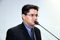 Ricardo Lima cobra funcionamento de aparelho de eletrocardiograma