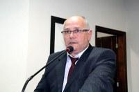 Robertinho solicita faixa de pedestres para ruas de Nova Andradina