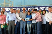 Vereadores prestigiam entrega de prêmios com a presença do governador André Pucccinelli