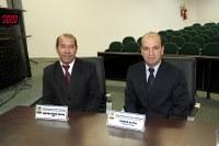 Zé Bugre e Valmirá solicitam revisão para o Regimento Interno e Lei Orgânica do município