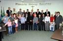 Câmara de Nova Andradina presta homenagem aos pais