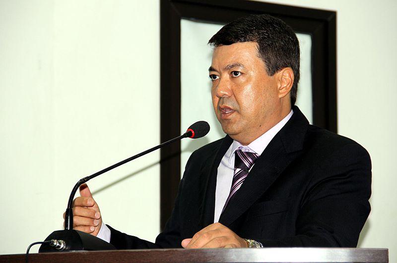 Dr. Sandro quer novo prédio para o CEM