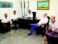 Câmara recepciona o secretário Nelson Trad Filho e o deputado Fábio Trad