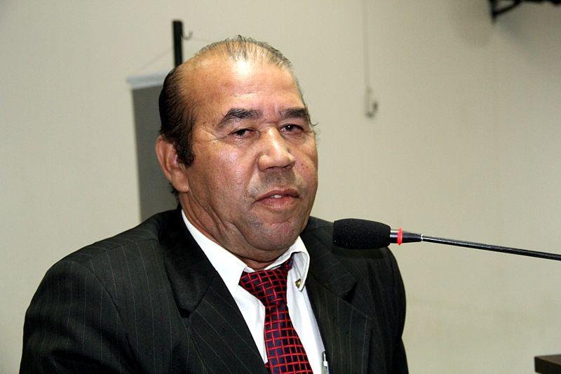 Zé Bugre propõe reserva de exames Raio X para moradores da zona rural