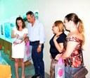 Nenão confere abertura de exposição que traz reproduções de Van Gogh, Monet e Di Cavalcanti