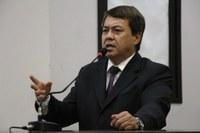 """Pela 4ª vez, Dr. Sandro reitera indicação para que Prefeitura incentive uso de """"calçadas ecológicas"""""""
