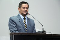 Por implantação de Pelotão do Exército, Ricardo Lima oficializa pedido na Câmara