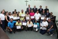 Trabalho de garis e motoristas é reconhecido pela Câmara de Nova Andradina