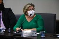 Vereadora solicita aumento de vagas de estacionamento no Velório Municipal