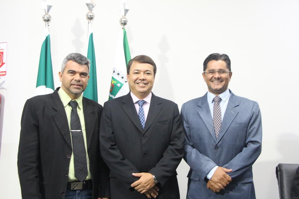Vereadores reforçam movimento pela pavimentação do Distrito Industrial