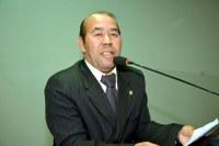 Zé Bugre intercede por troca de placas nominativas
